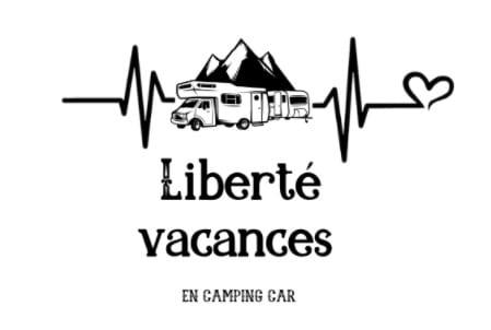 Location de van ou camping-car ADRIA tout équipés